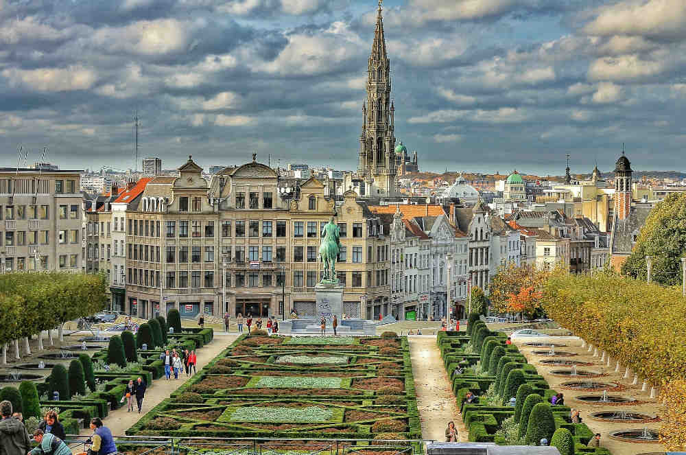 Moving from the UK to Belgium - which UK benefits are available?